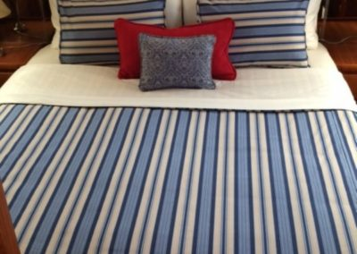 Yacht Bedding Thick Blue Stripes