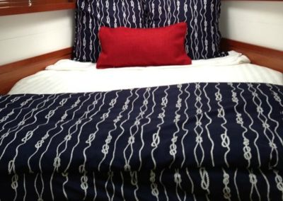 gallerylg23Yacht Bedding White Comforter with Navy Blue Pillows Front Angle