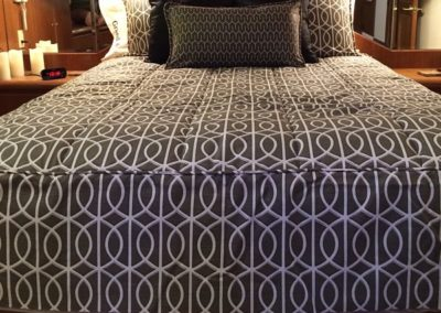 Yacht Bedding Grey Intertwining Circles